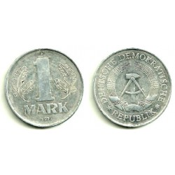 (35.2) Alemania Democrática. 1977(A). 1 Mark (MBC)