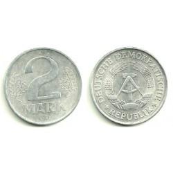 (35.2) Alemania Democrática. 1982(A). 2 Mark (EBC)