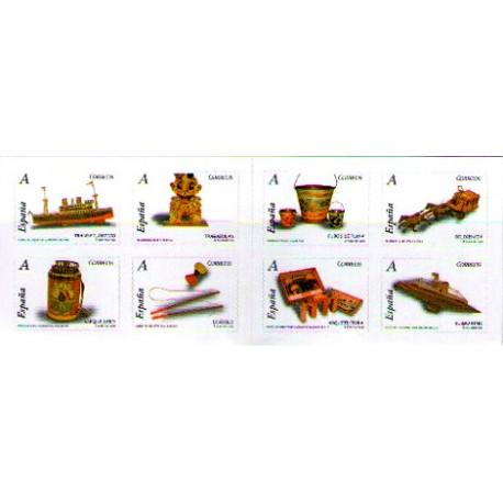 (4368 a 4375) 2007. Carné de ocho sellos. Juguetes