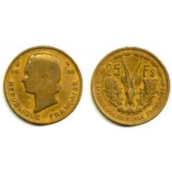 (7) Estados África Oeste. 1956. 25 Francs (BC)