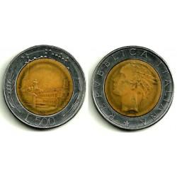 (111) Italia. 1982(R). 500 Lira (BC)