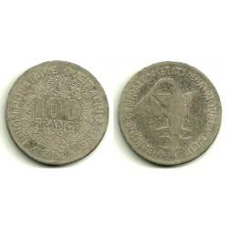 (4) Estados África Oeste. 1967. 100 Francs (RC)
