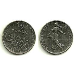 (931.1) Francia. 1976. ½ Franc (MBC)