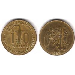 (10) Estados África Oeste. 1982. 10 Francs (BC)
