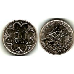 (11) Estados  Africa Central. 1977. 50 Francs (SC)