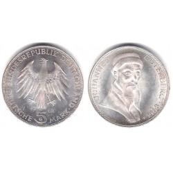 (122) Alemania. 1968(G). 5 Mark (EBC+) (Plata)